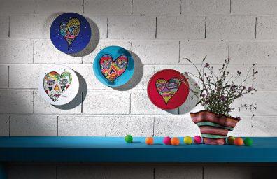 Paneles de arte corazones baja revista de diseño social