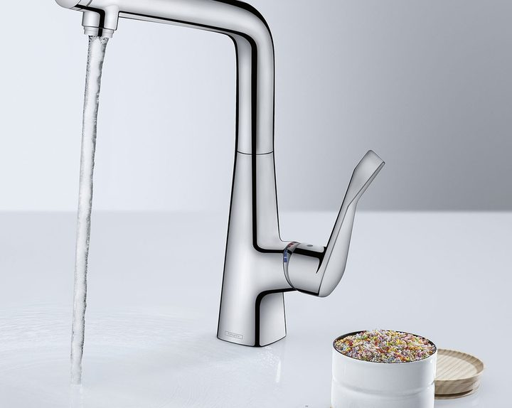 hansgrohe-mixing-metris-kitchen-with-button-select-8076