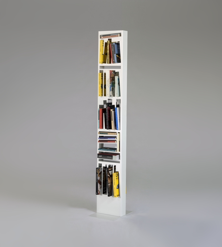 Bookshape metal SLIM with books