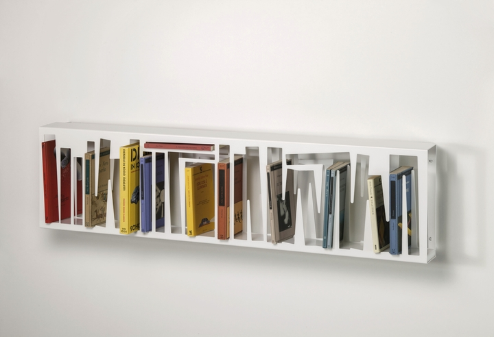 Bookshape metal WALLversion with books