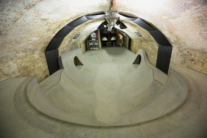 house of vans indoor skatepark-08