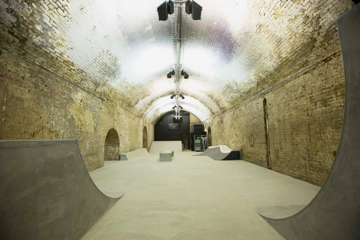 house of vans indoor skatepark-09