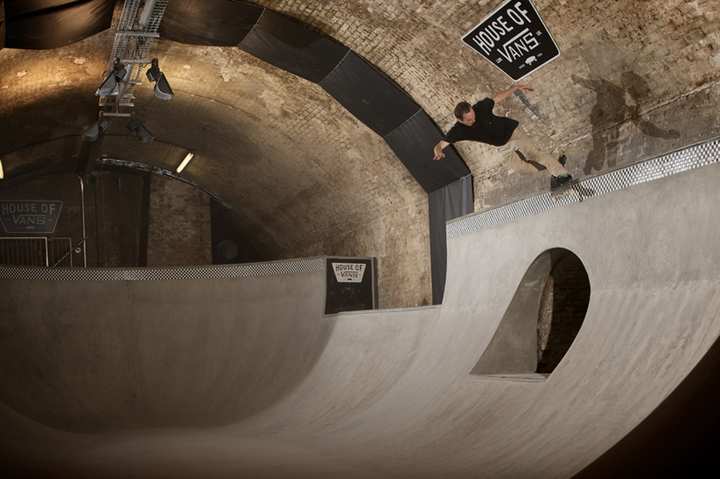 house of vans indoor skatepark-11