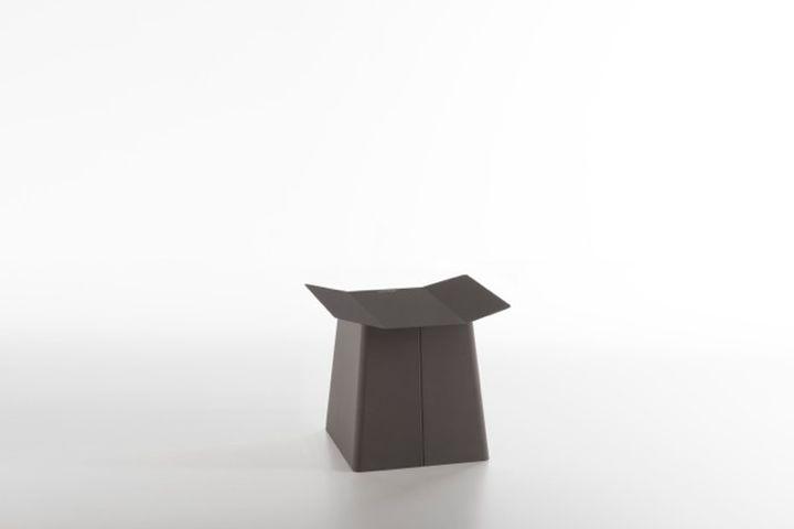 Linito stool 1
