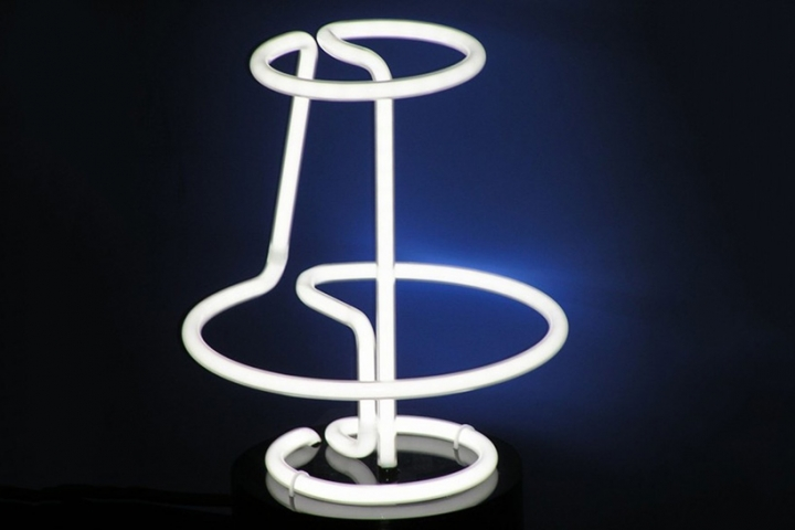 atelier dsgn lamp neo n fluorescent tube 01