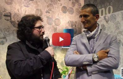 Roberto Nobili διευθυντής του Μιλάνου Κλινοσκεπάσματα Έκθεσης Επίπλων 2015 SDM Συνέντευξη