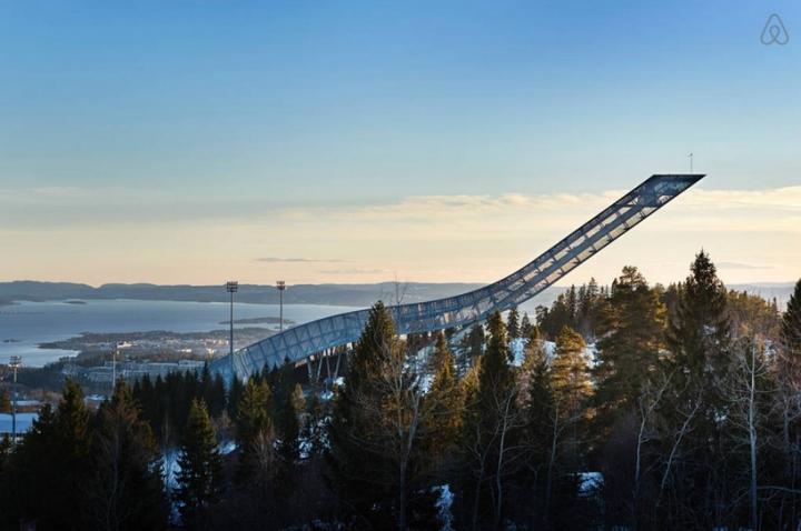 airbnb JDS de esquí de Holmenkollen 06 salto ático