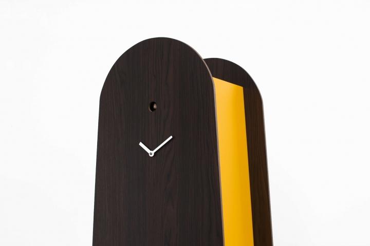 Bobitic legno scuro particolare dx low