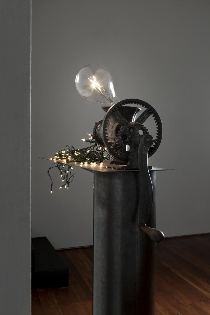 CS Macchina che produce le lampadine piccole 2