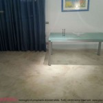 pavimenti in cemento liscio grigio satinato