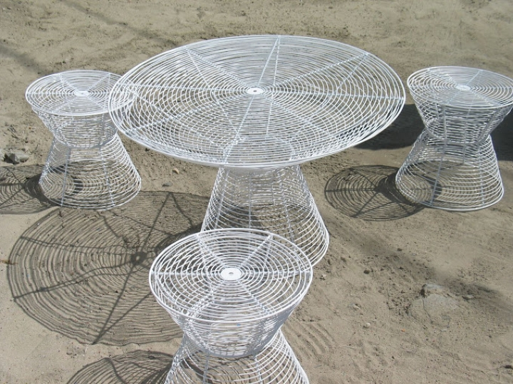 Willard table and stools - white - set social design magazine