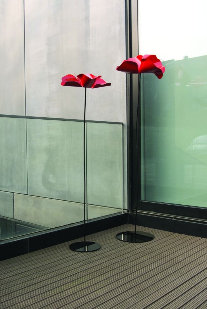 Poppy King outdoor social design magazine