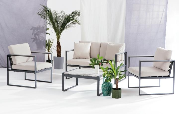Catania Lounge Set Lifestyle PR social design magazine