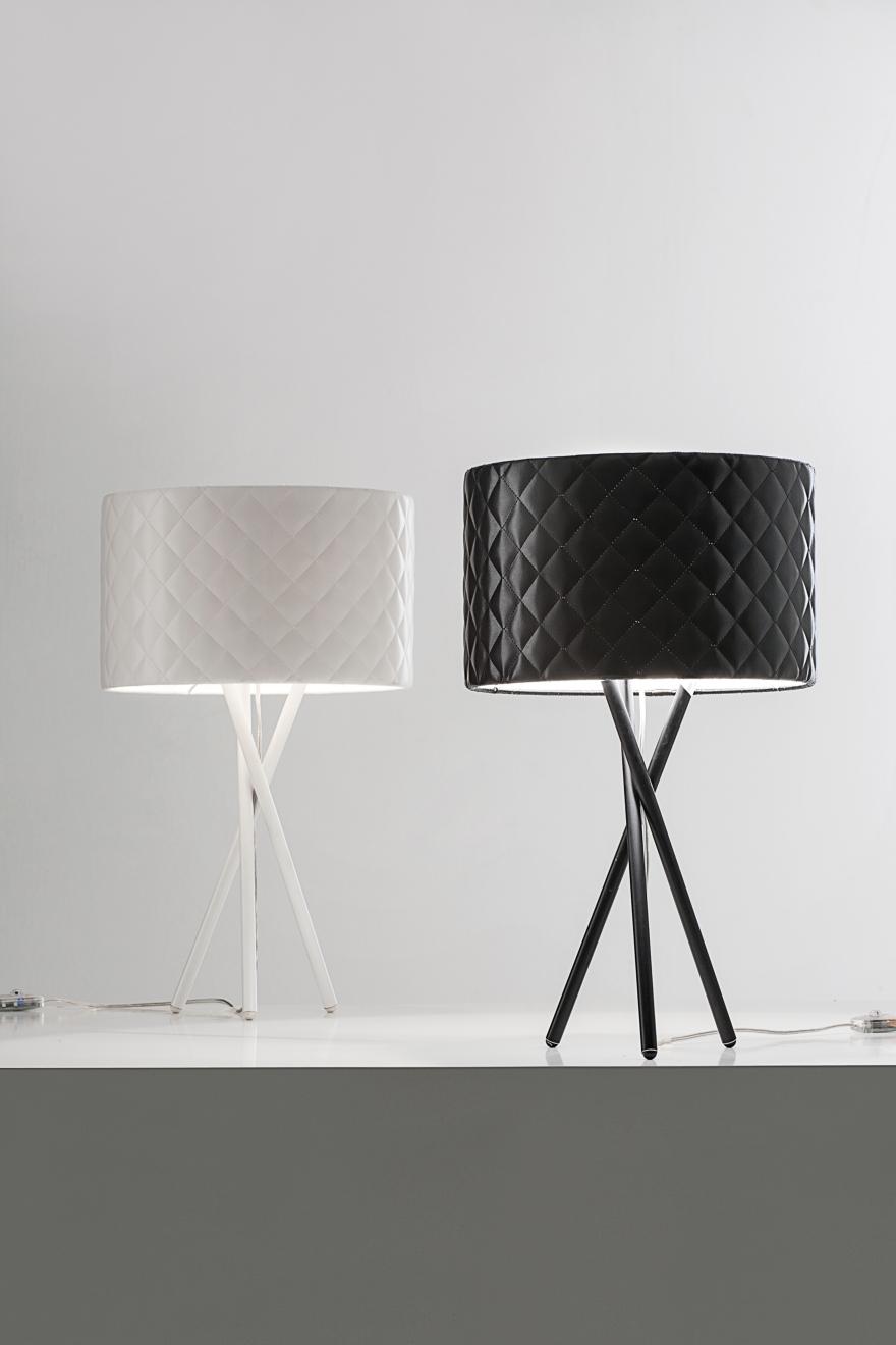 Mariù Tisch, schwarz, weiß