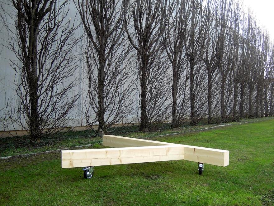 Bedont panca in legno massello Timber, design Diego Chilò