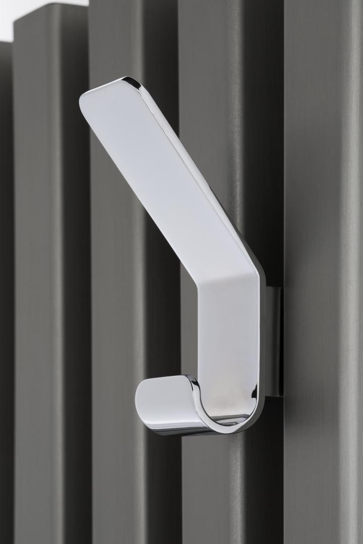 Tubes catalogo 56 Soho bathroom anodizzato titanio social design magazine