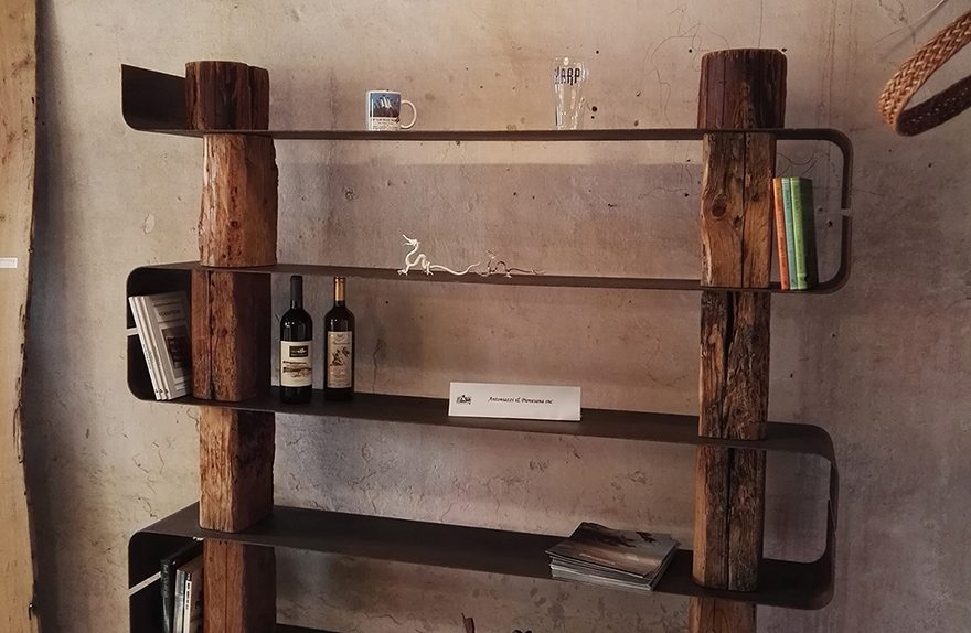 Wood Creations, due librerie in legno naturale | Social Design Magazine