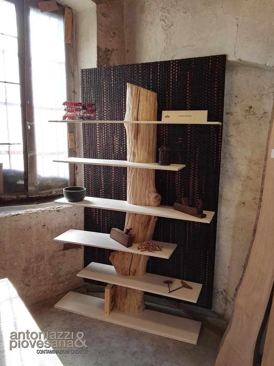 Libreria Tronco, design Roberto Corazza