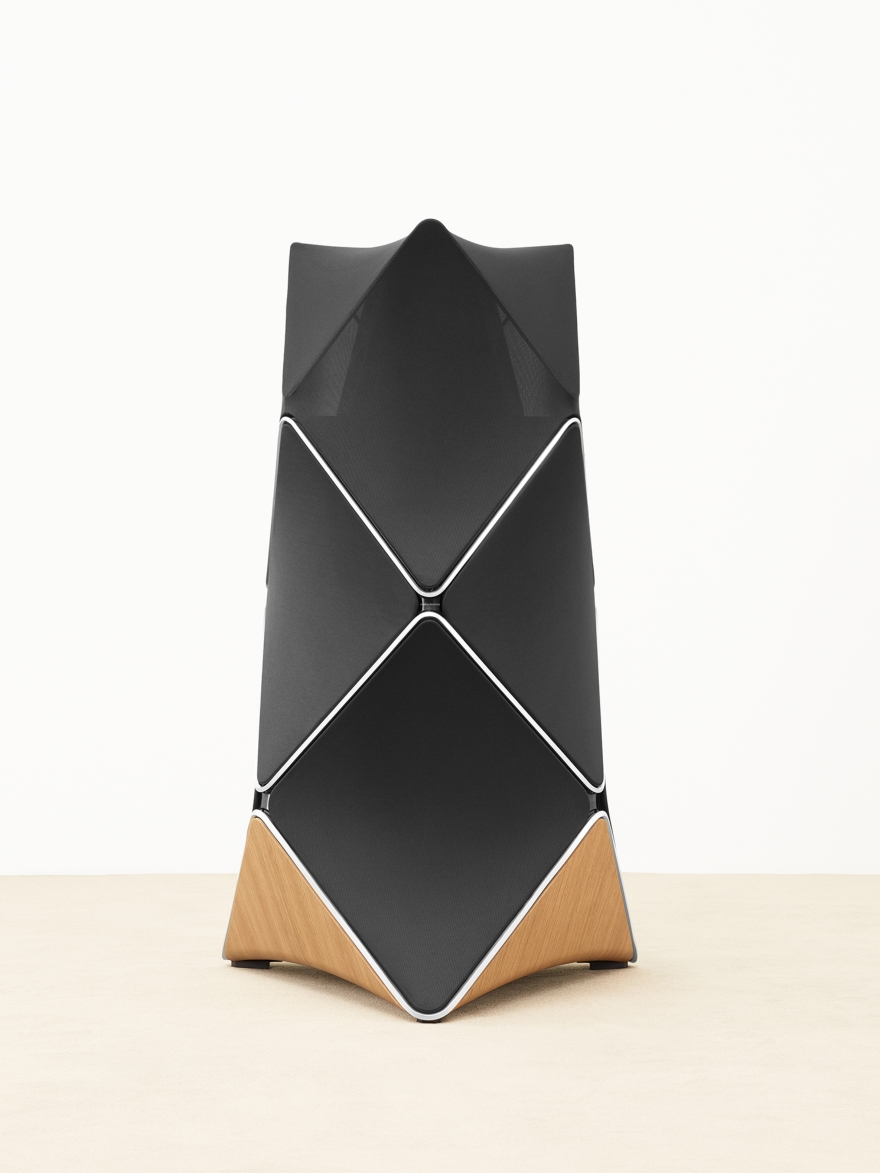 Beolab 90 il diffusore più innovativo by Bang & Olufsen 01