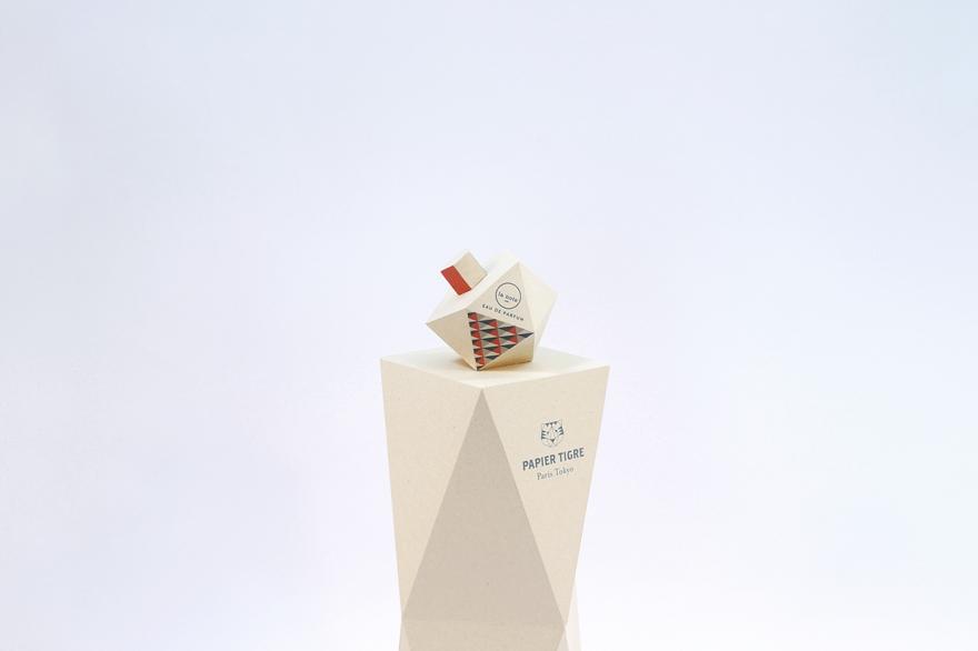 El diseño de envases parfum señala la par Papier Tigre 01