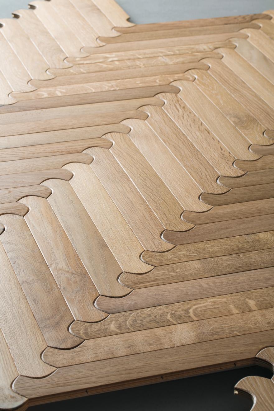 堅木張りの床Listoneジョルダーノビスケットn1対角線
