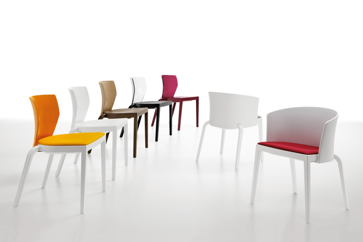 Seduta bi menzione d onore ai german design award 2016 for Sedia omp