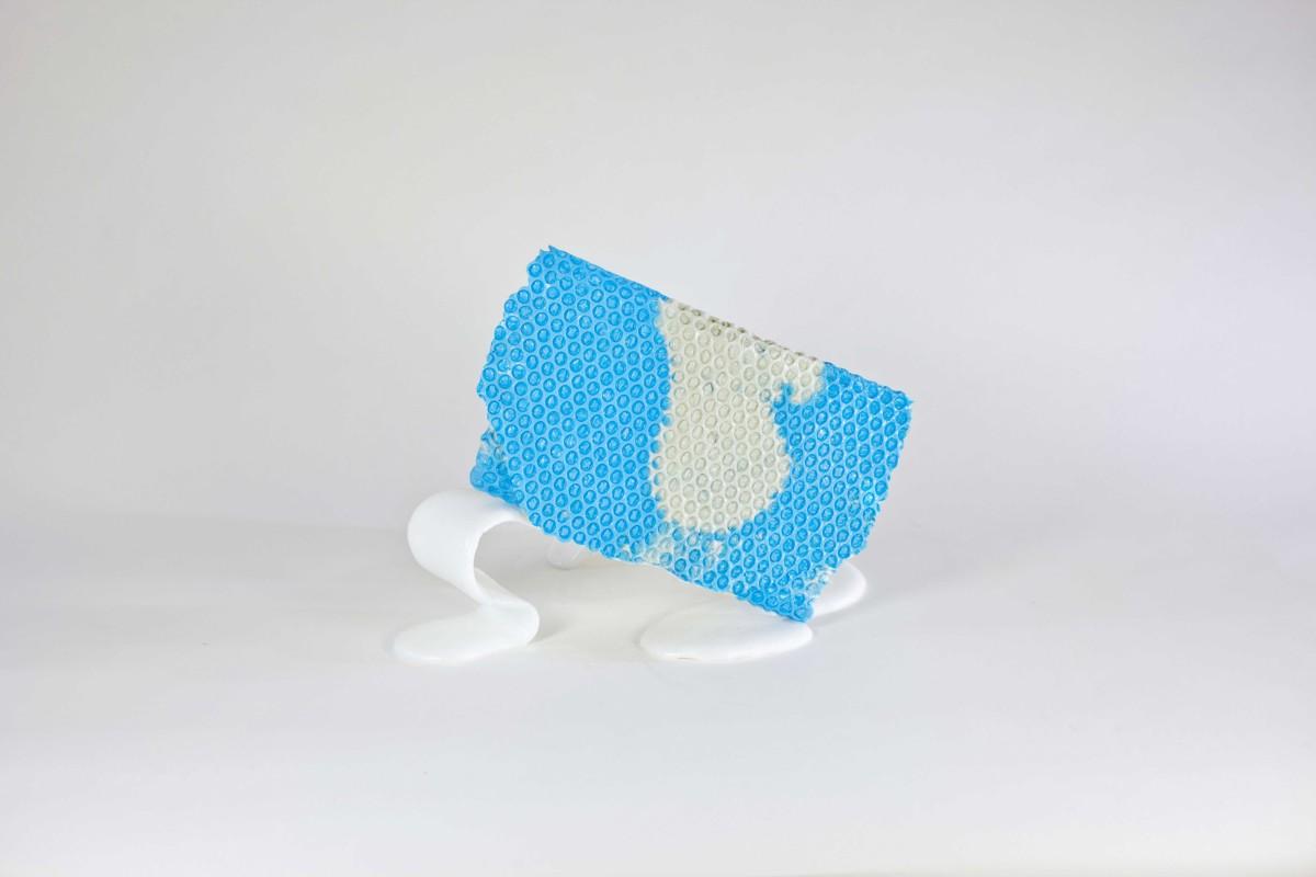 Wrap bag clutch in poliuretano azzurra design Matteo Pellegrino 04
