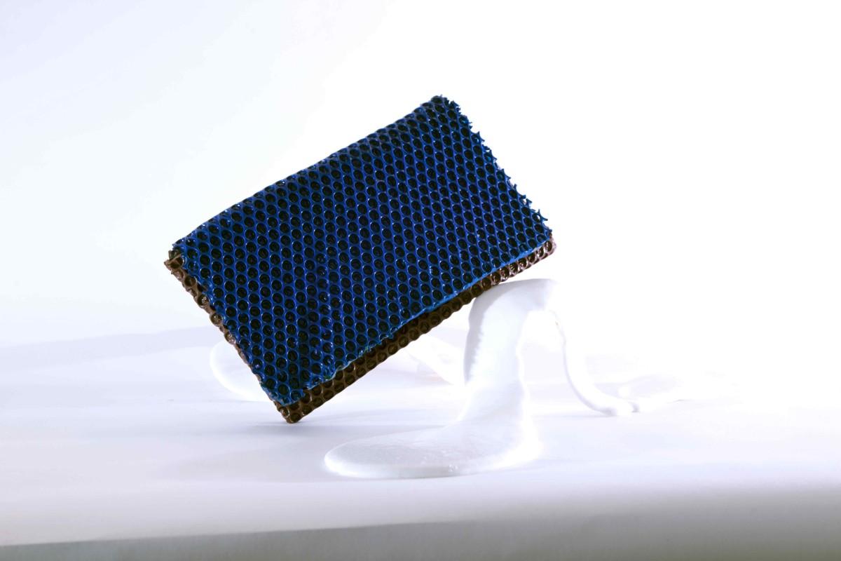 Wrap bag clutch in poliuretano blue design Matteo Pellegrino 05