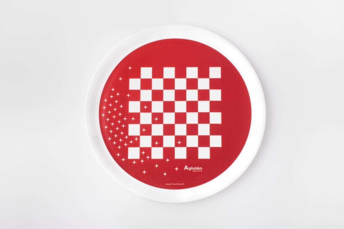 """Diseño de placa de gadget """"Eat & Play"""" Paolo Benevelli 04"""