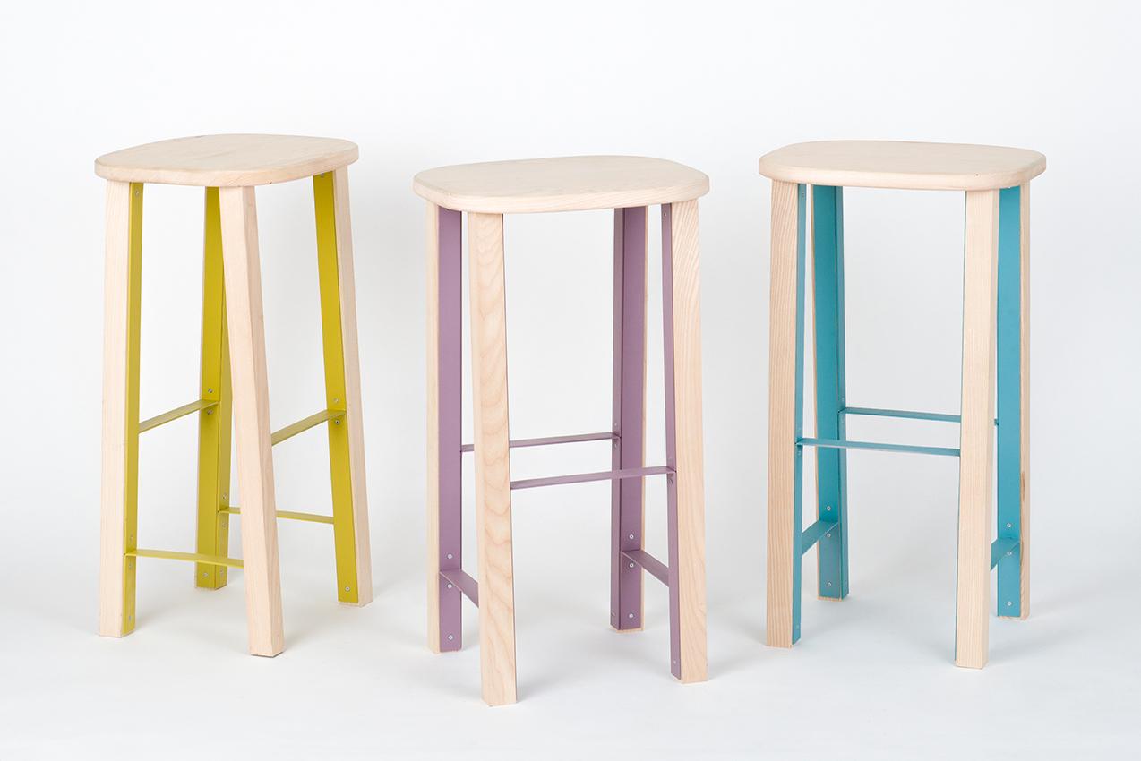 antilope sgabello alto design mario alessiani. Black Bedroom Furniture Sets. Home Design Ideas