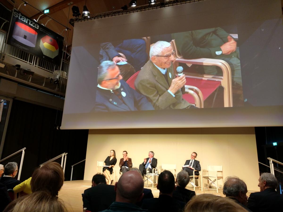 Salone del mobil 2016 prezantasyon, Alessandro Mendini