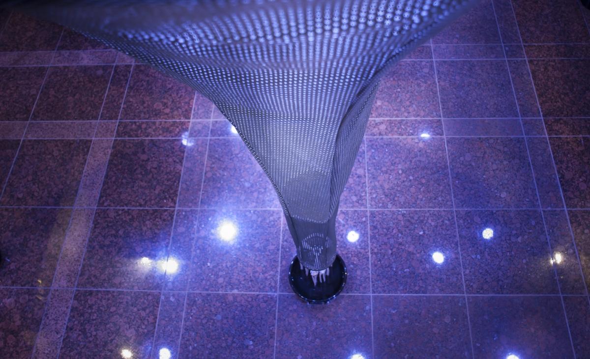 Αγγίζοντας Παραμύθια Η Alcantara Εμπειρία Henrik Vibskov η επιστήμη Spooner 3