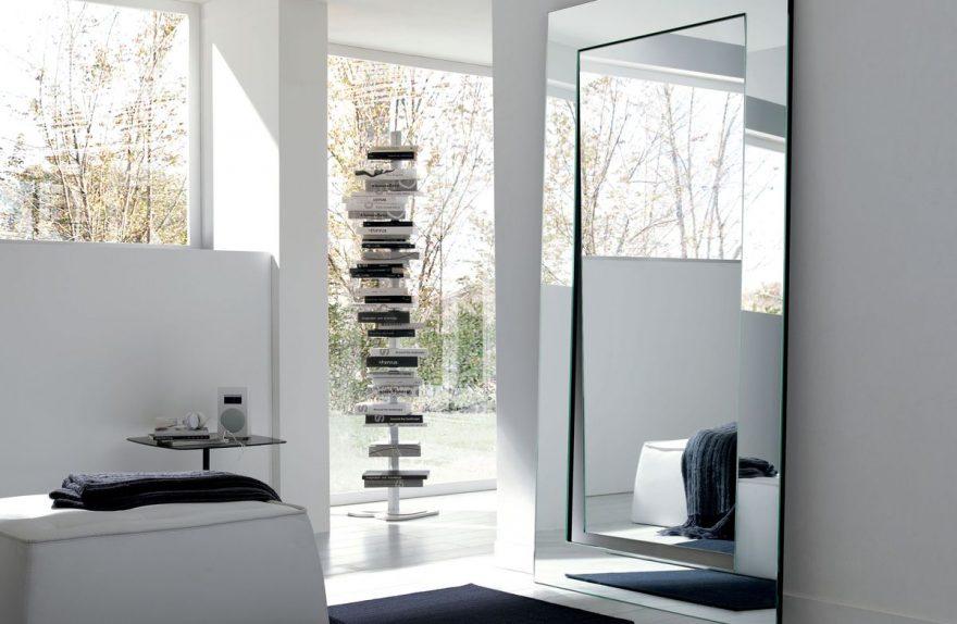 Gerund Spiegel, Design Giovanni Tommaso Garattoni