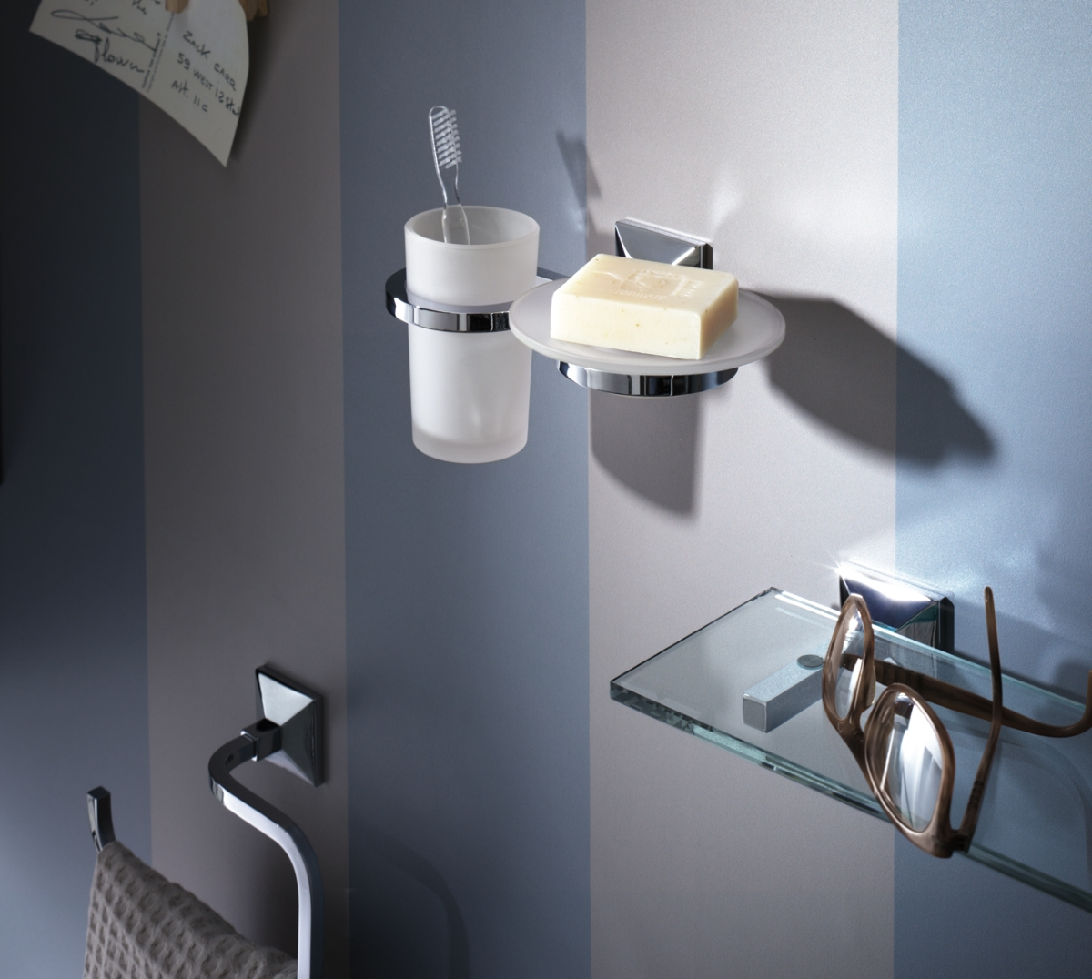 Accessories modern and refined bathroom, toothbrush holder, soap dish