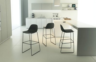 Chairs & More, Babah stool