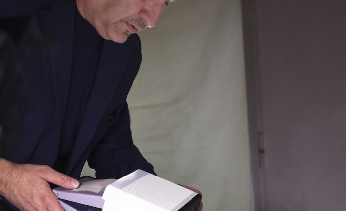 Maurizio Galimberti backstage