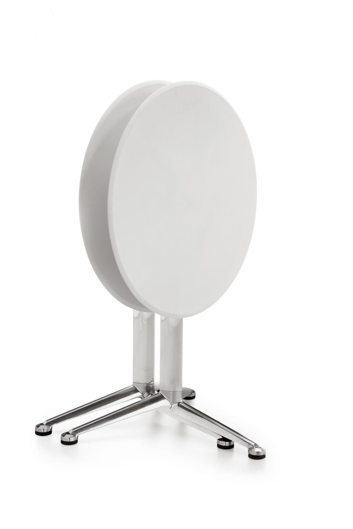 インフィニティデザイン、3-ポッドテーブル