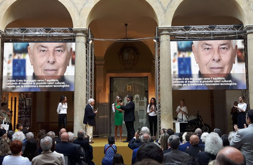 Carlo Bartoli Compasso D'oro Alla Carriera, prêmios