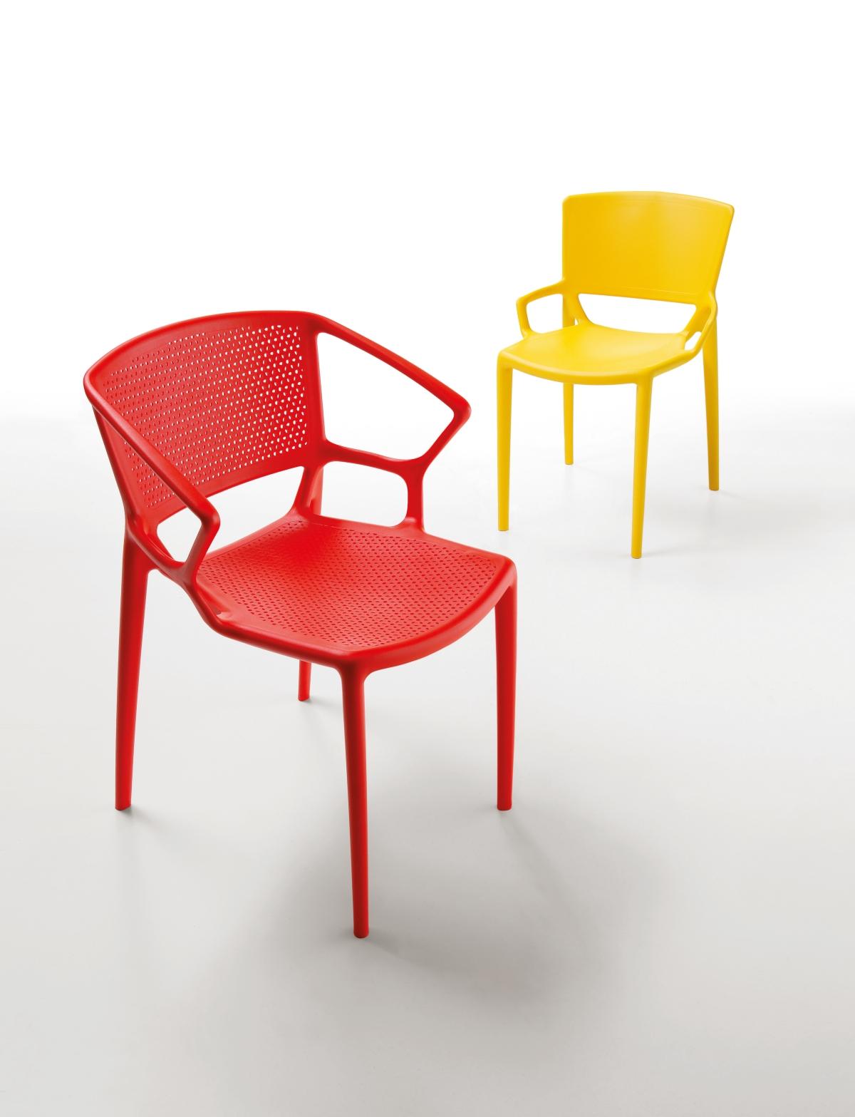 インフィニティデザインの椅子Fiorellina