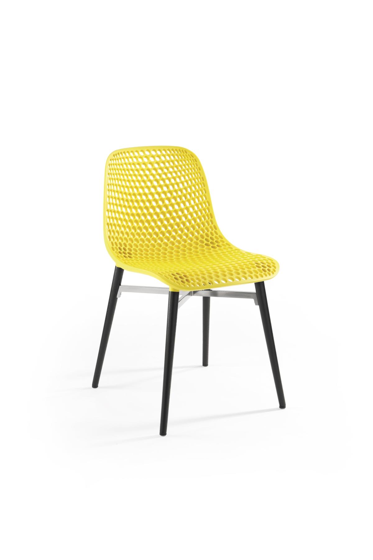次に椅子、インフィニティデザイン