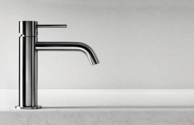 étage du robinet CleoSteel 48 bassin, taille M. Fini Acier inoxydable brossé