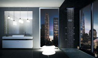 Configurazione doccia Synergy con soffione doccia multifunzione a soffitto
