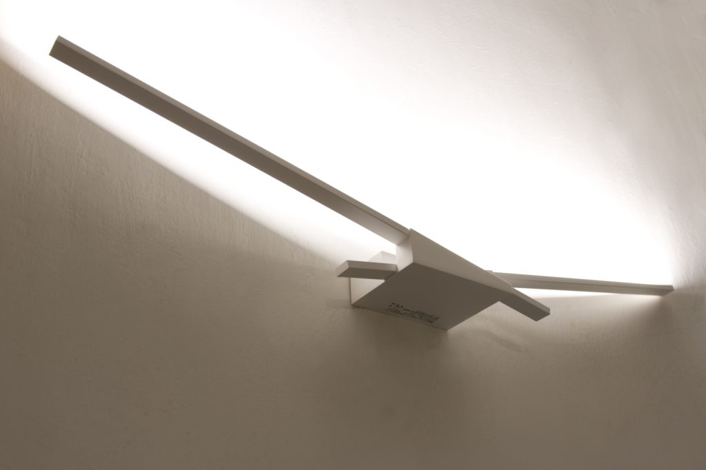 linea-light-lampada-da-parete-wings-19