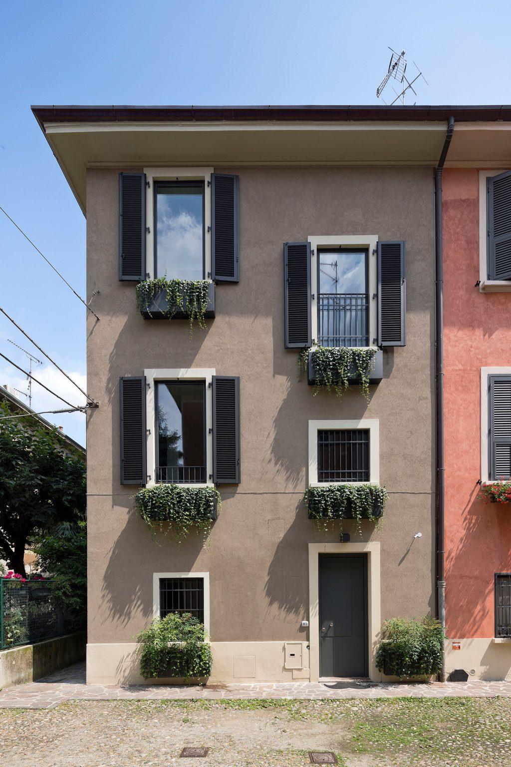 mezzanine vertical Westway Achitects, externe