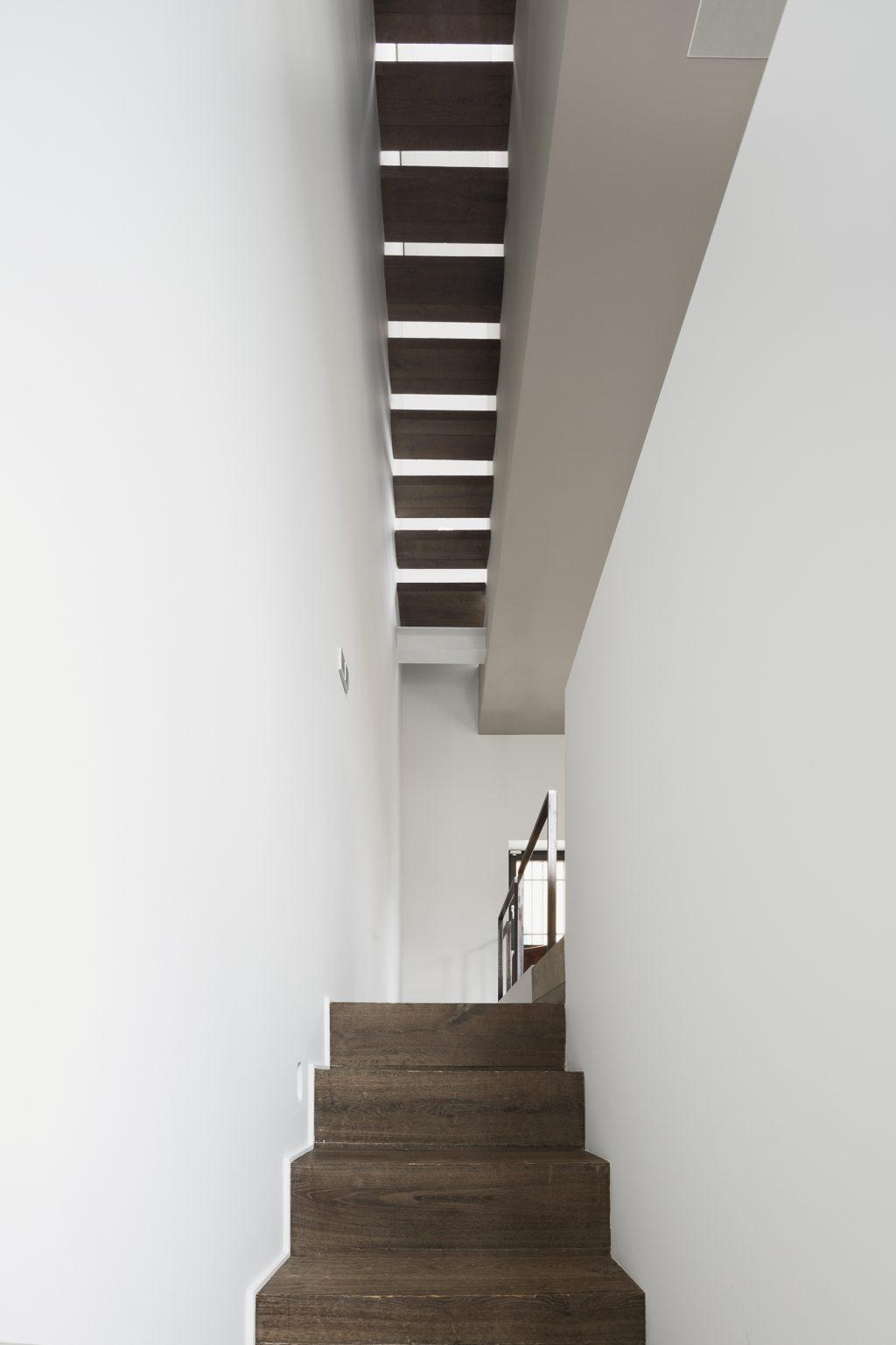 oft verticale Westway Achitects, la scala ad una sola rampa