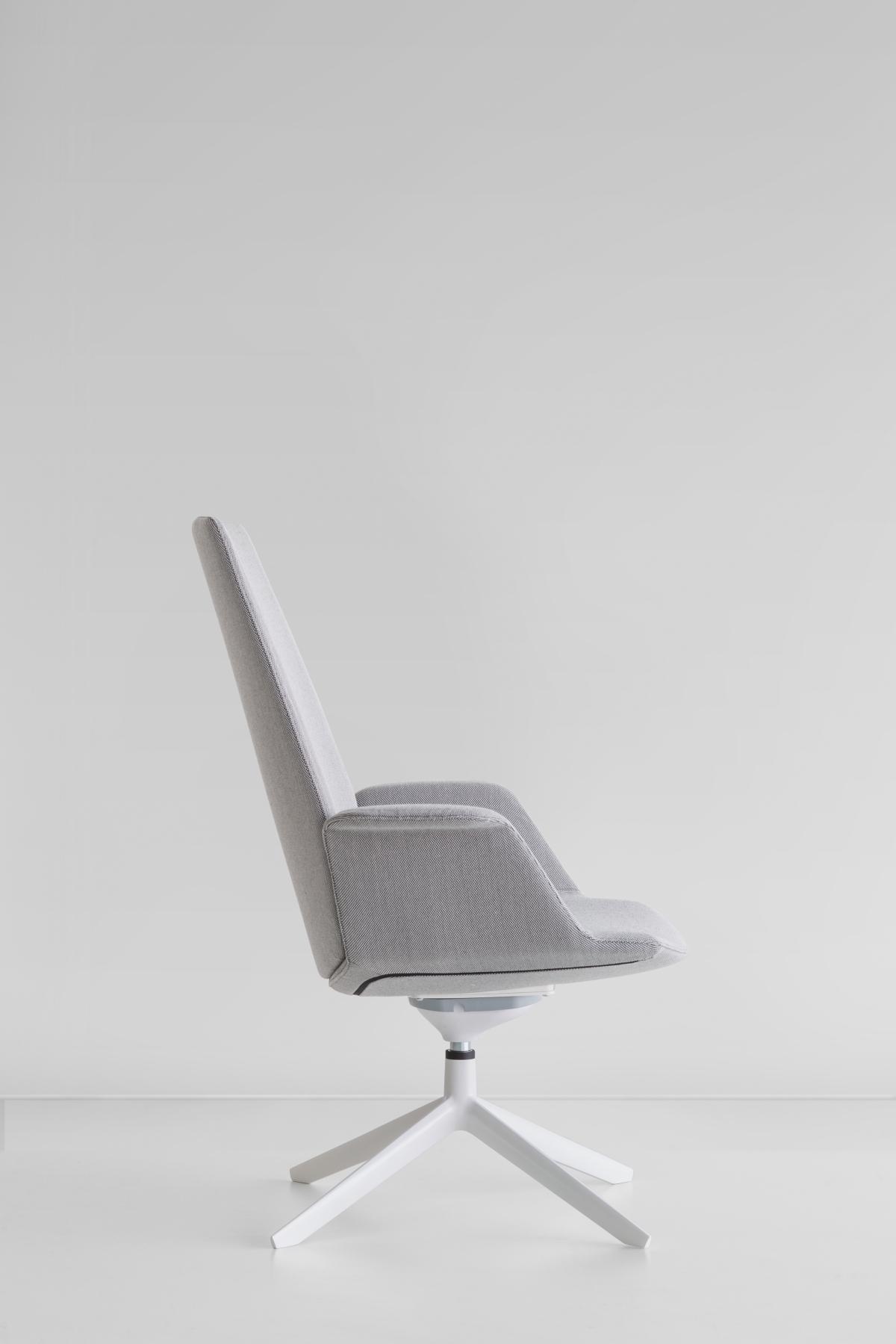 Ein modulares Sitz, Francesco Rota für Lapalma, Seitenansicht