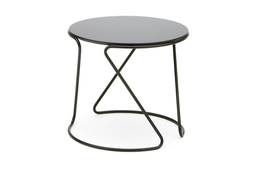 table d'appoint conception Thonet S 18 Uli Budde