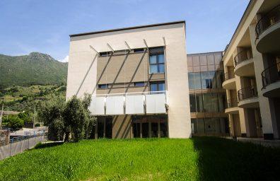 υποβοήθηση της διαβίωσης σε Sale Marasino, CCDSTUDIO