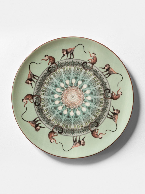 コンスタンティノープル、ヴィトネスタ、サルによる食器のコレクション