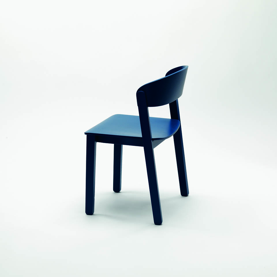 Chair Pur, Zilio A & C, design Design Studio Notes